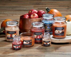 Candle-Lite verschiedene Duftkerzen herbstlich dekoriert
