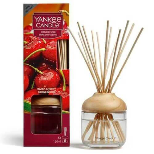 New Reed Diffuser Black Cherry von Yankee Candle