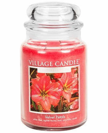 Village Candle Velvet Petals 626g